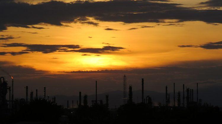 Öl nach Iran-Sanktionen auf neuem Jahreshoch
