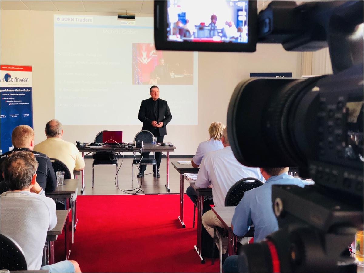 Markus Gabel im Vortrag bei 20 Jahre WH Selfinvest Traderhotel